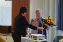 2013-Jubiläum-2-Dank an Erika Micale für 14 Jahre EG Leitung